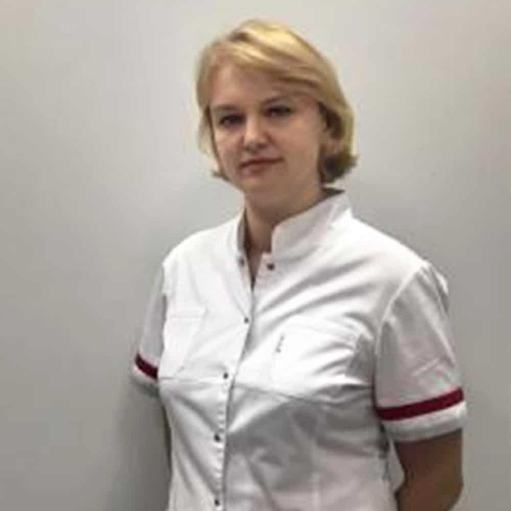 врач стоматолог Москва